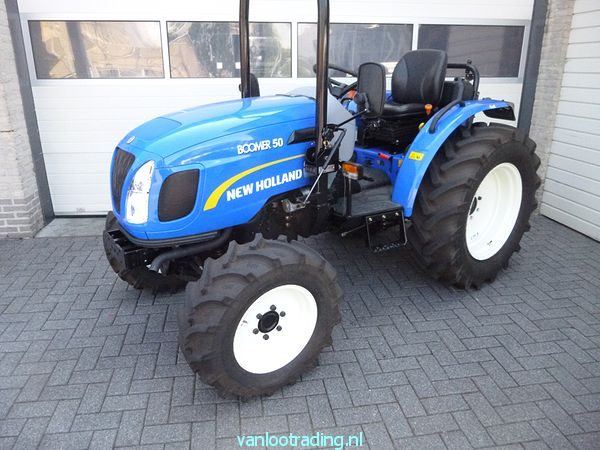New Holland Boomer 50 -